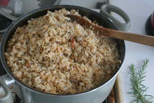 patée pour poules au riz et tourteau de soja cuits