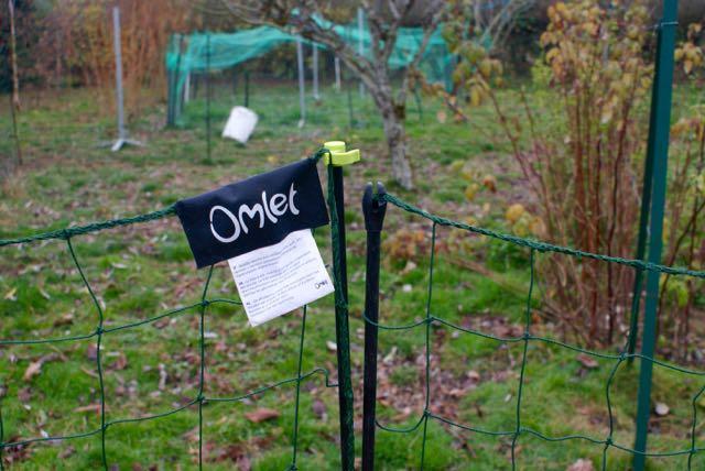 Filet pour parc a poule trendy poulailler toit amovible x cm pour enclos poules shingl with - Filet a poule ...